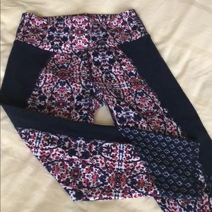 Athleta Yoga Capri Pants